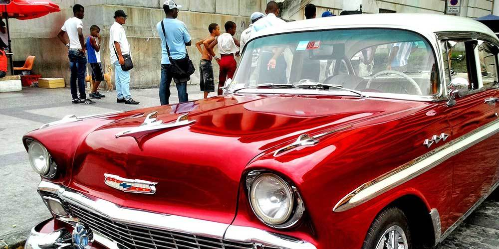 Tour of Havana of 5 hours on board vintage cars of the 50s